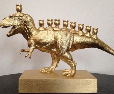 t-rex-hannukah-menorah-640x533